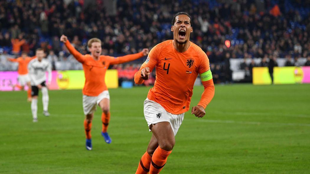 Холандия с шанс да се доближи до лидерите в групата