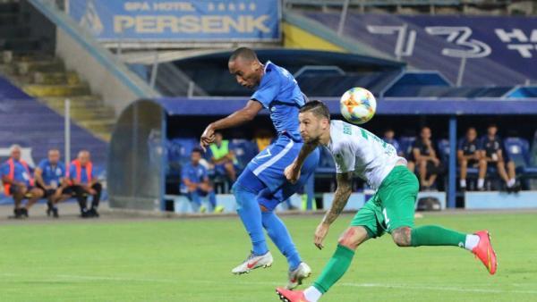 Левски ще стигне до категоричен успех срещу опашкаря Витоша