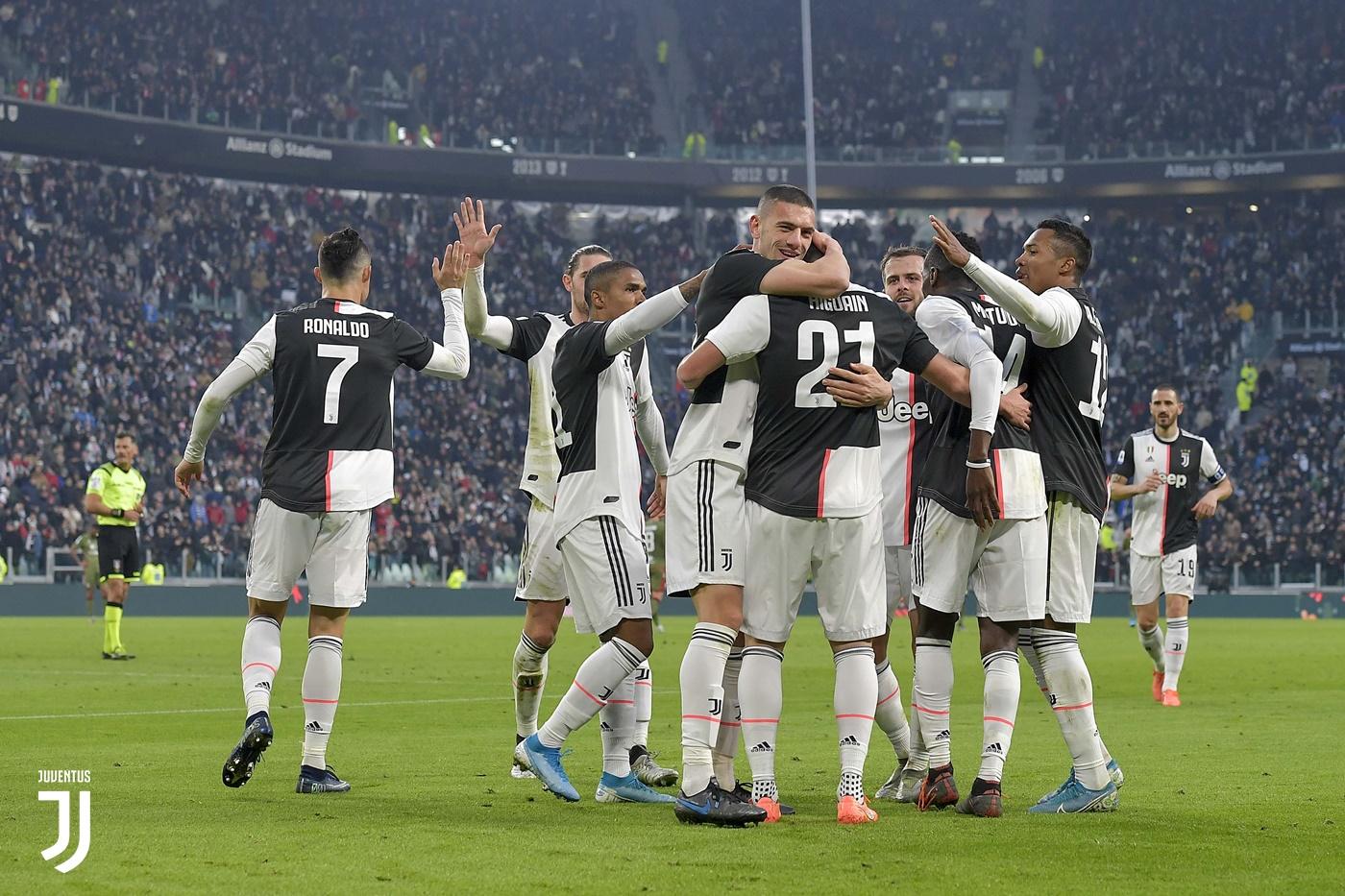 Джанлука Роки ще раздава картони в дербито между Ювентус и Рома